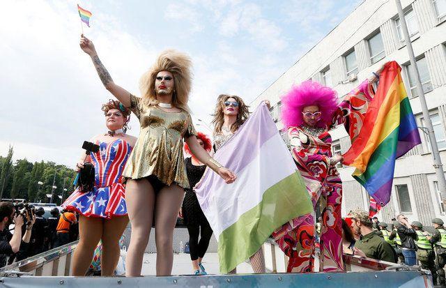 ЛГБТ-марш в Киеве / REUTERS