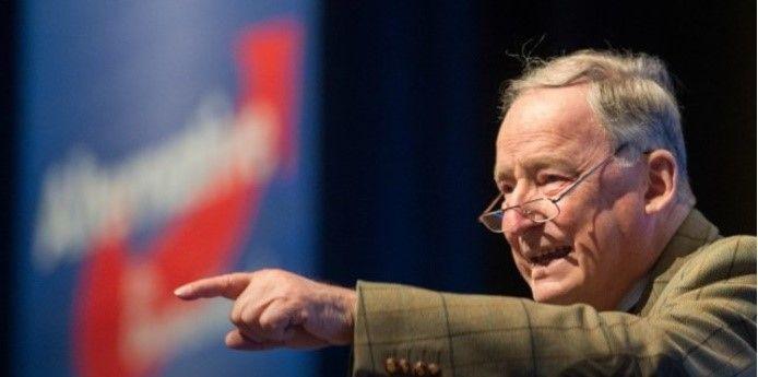 Политик также призвал федеральное правительство Германии отменить санкции против России / фото Die Welt