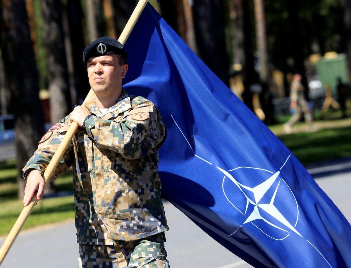 Cтолтенберг успокоил Лукашенко, что НАТО не наращивает военное присутствие на границе с Беларусью / фото REUTERS