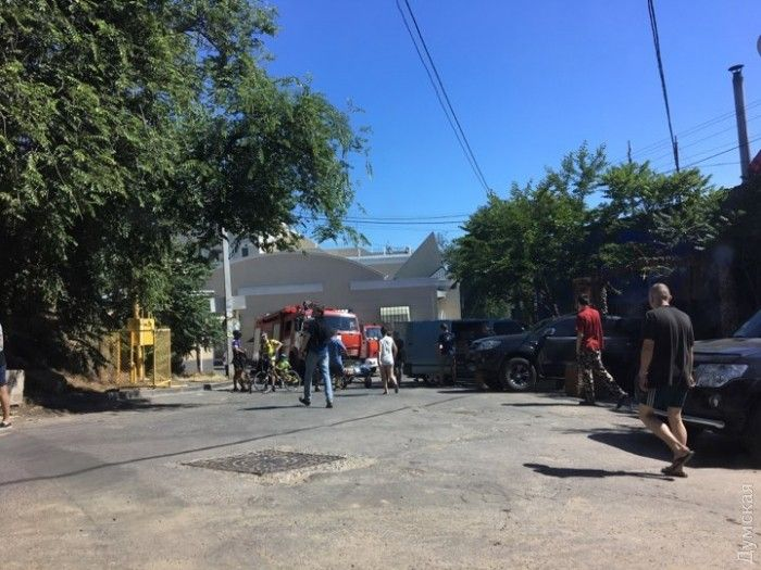 В Аркадії почалася сильна пожежа / фото Думська