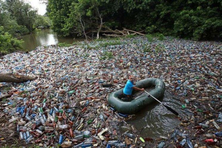40% мусора во время паводков