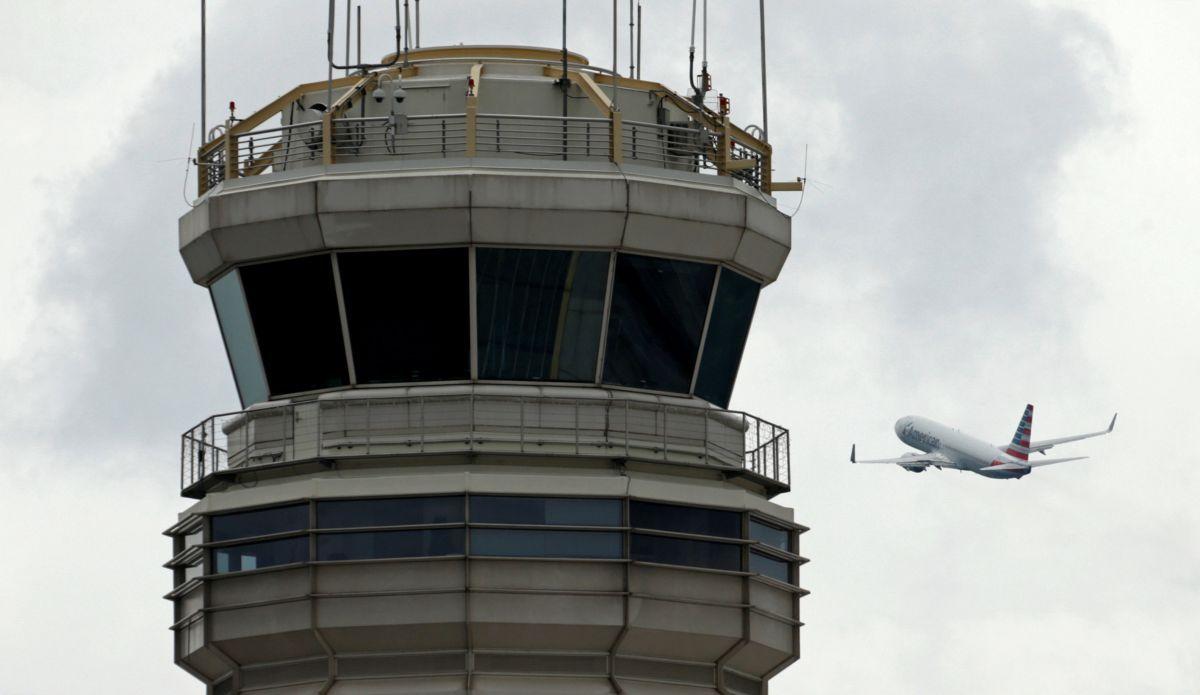 """""""Небезпечна"""" любов пасажирів до італійського соусу змусила аеропорт змінити правила"""