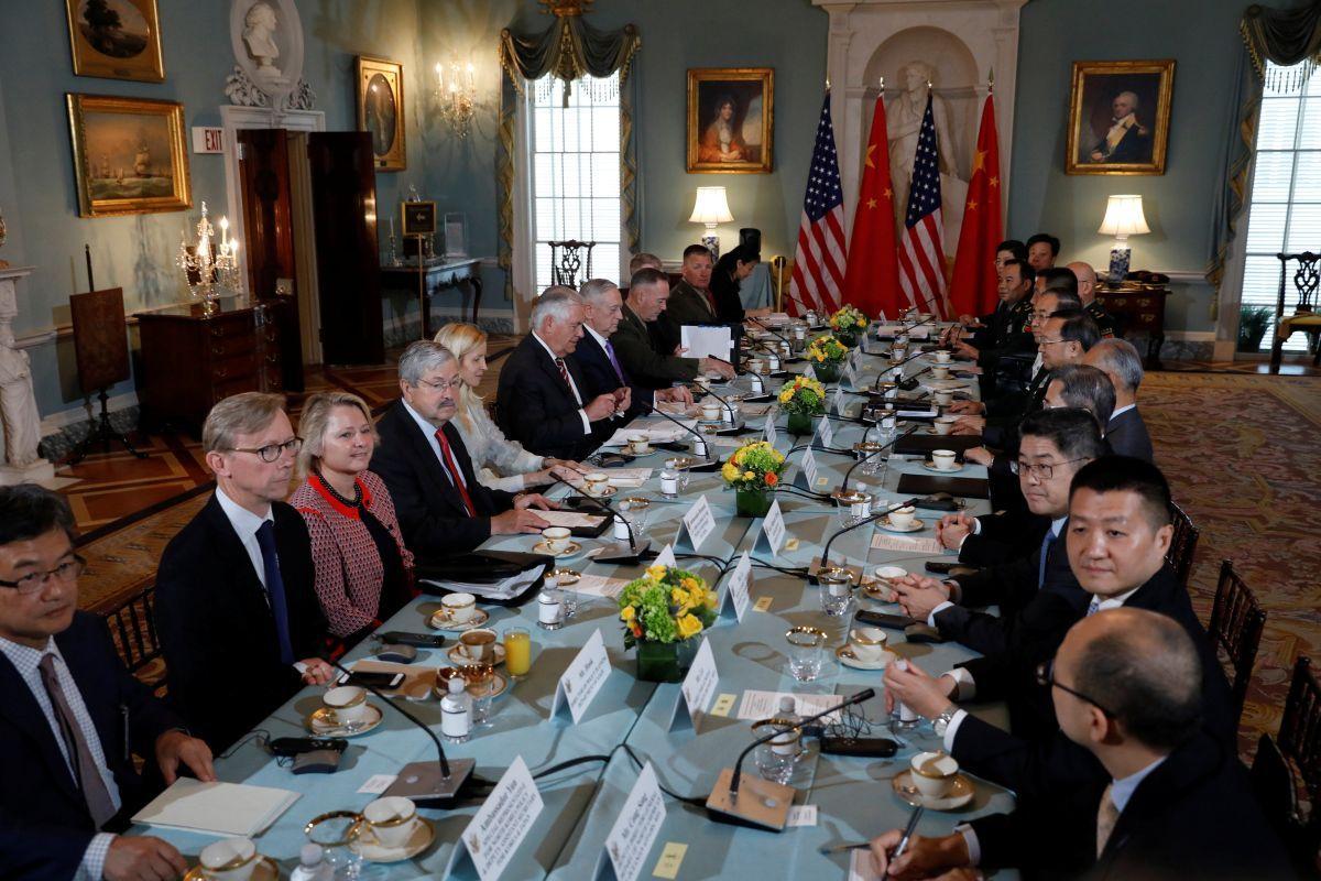 Тиллерсон призвал КНР жестче надавить наСеверную Корею