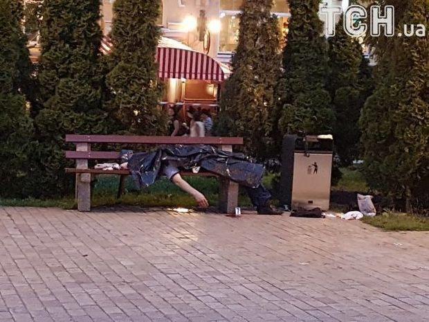ВКиеве уЗолотых ворот зарезали мужчину