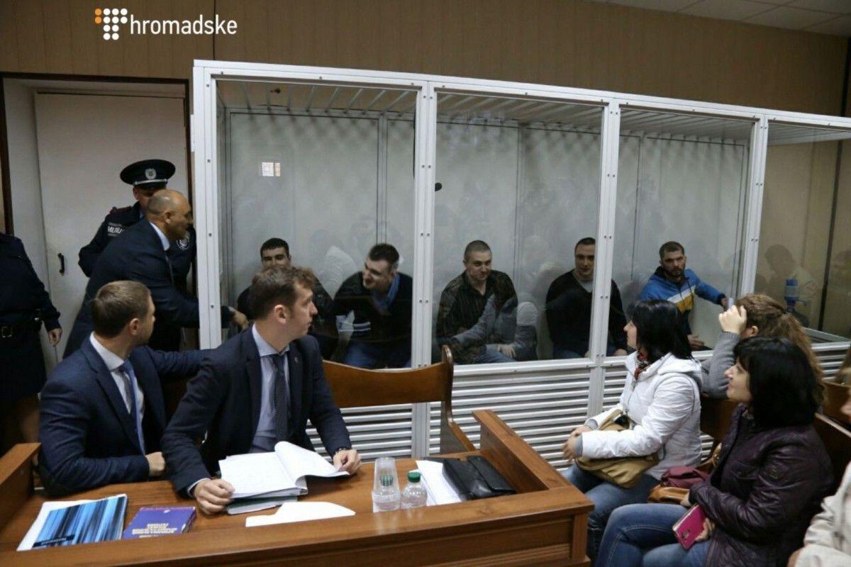 Украинская сторона вычеркивает трех экс-«беркутовцев» из списка на обмен / фото Громадське.ТВ