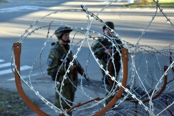 Семеро полицейских ранены в итоге взрыва вМариуполе— Аброськин