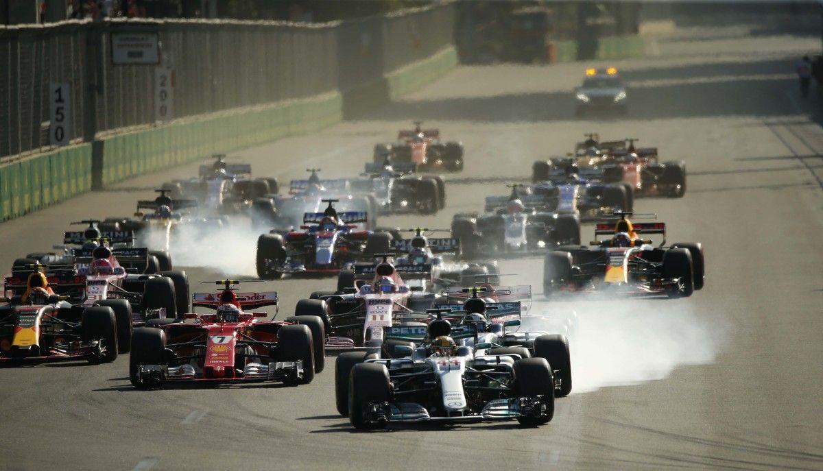 На Гран-при Азербайджана произошел ряд инцидентов  / Reuters