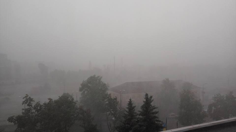 Злива у Києві / facebook.com/mailolegid