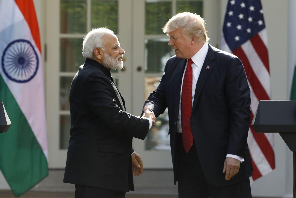Картинки по запросу трамп и Нарендры Моди