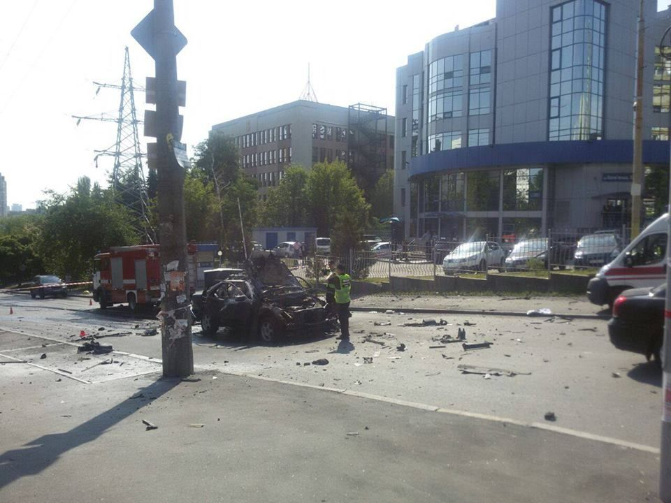 Загиблий унаслідок вибуху авто у Києві був військовослужбовцем - речник МВС
