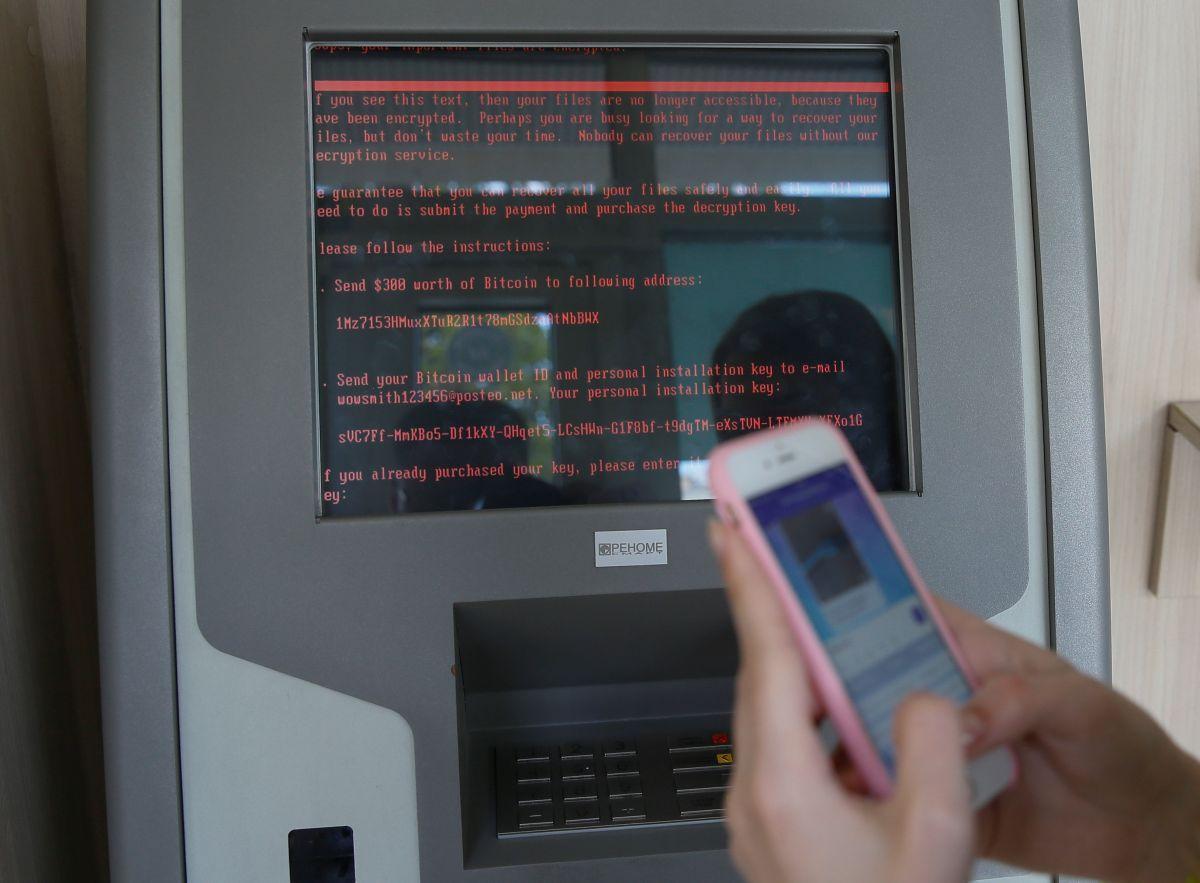 Общая сумма ущерба, нанесенного вирусами Petya.A и Not.Petya, а также вирусами группы BlackEnergy, превышает 10 млрд долларов США / Иллюстрация REUTERS