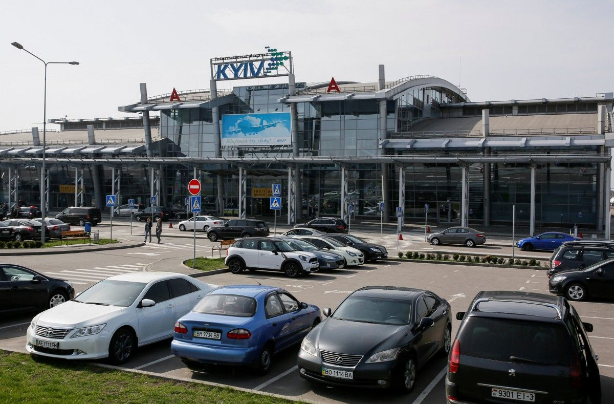 """В аэропорту """"Киев"""" можно привиться от коронавируса / фото REUTERS"""