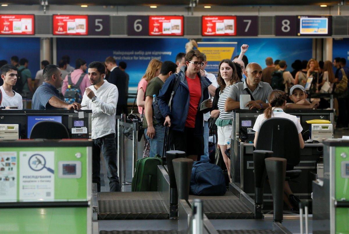 За два роки безвізу суттєво зросла кількість авіаперевезень / Ілюстрація REUTERS