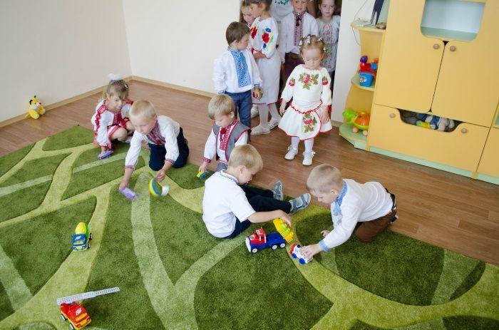 Большую часть времени дети будут проводить на свежем воздухе / фото: УНИАН