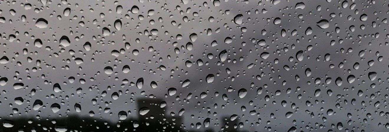 Погода на вихідні: майже всю Україну накриють дощі (карта)