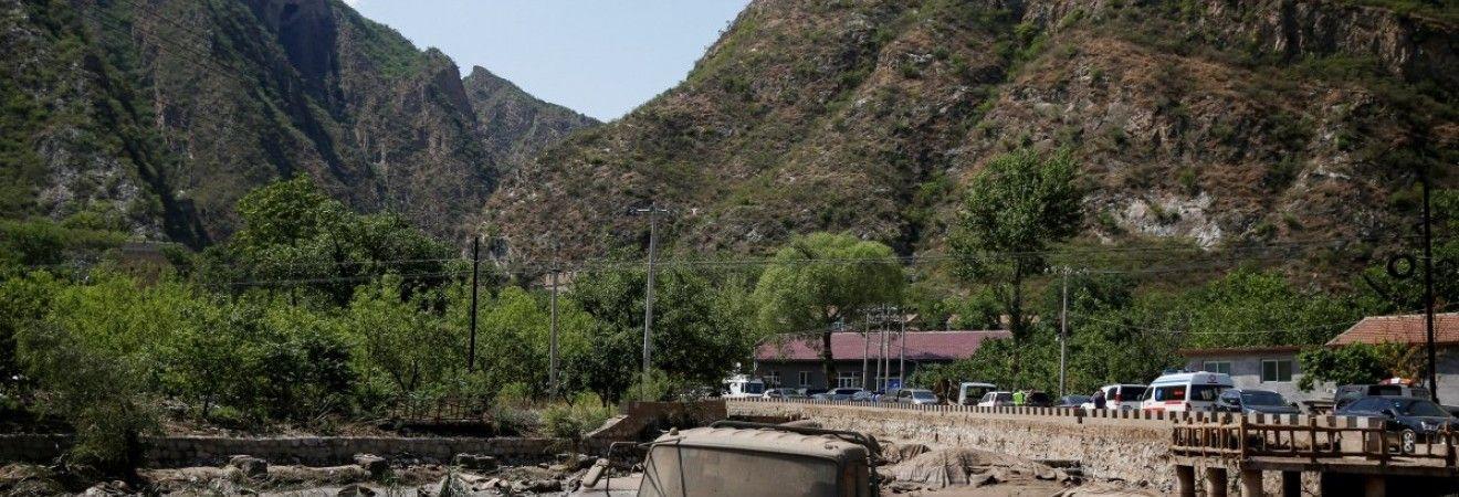 У результаті сходження зсуву в Китаї шестеро людей зникли безвісти