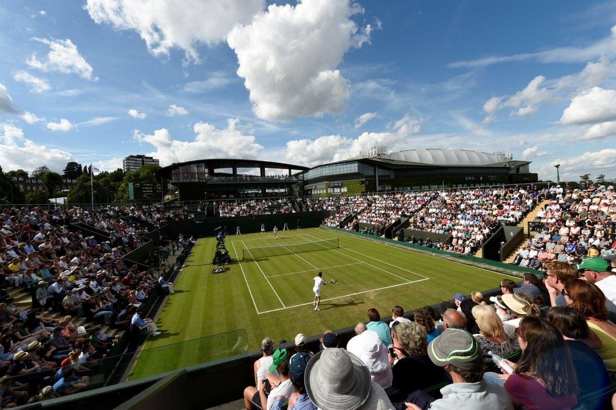 Wimbledon. Стаховский одержал победу уБеннето встартовом матче основной сетки турнира