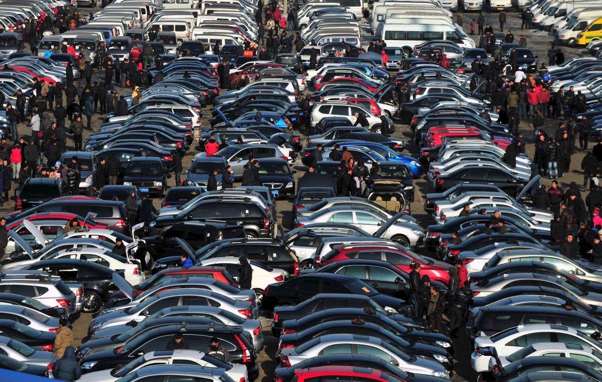 Украинцы должны иметь право на доступные автомобили / фото УНИАН