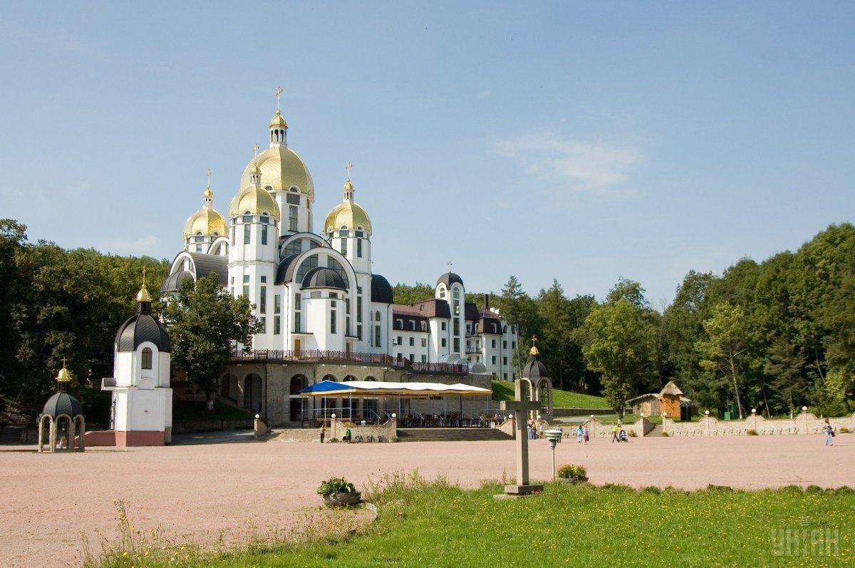 Під час прощі паломники в молитві проситимуть Божого захисту для бійців та миру для України \ фото УНІАН