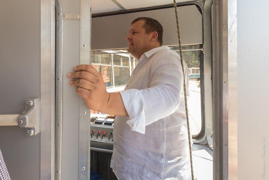 Ремонтировать будут не только подвижной состав, но и транспортные пути / УНИАН