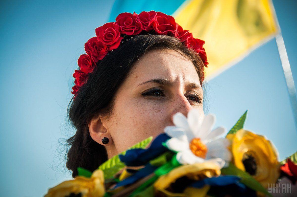 Преимущественно или только на русском языке разговаривают 28,1% украинцев / УНИАН