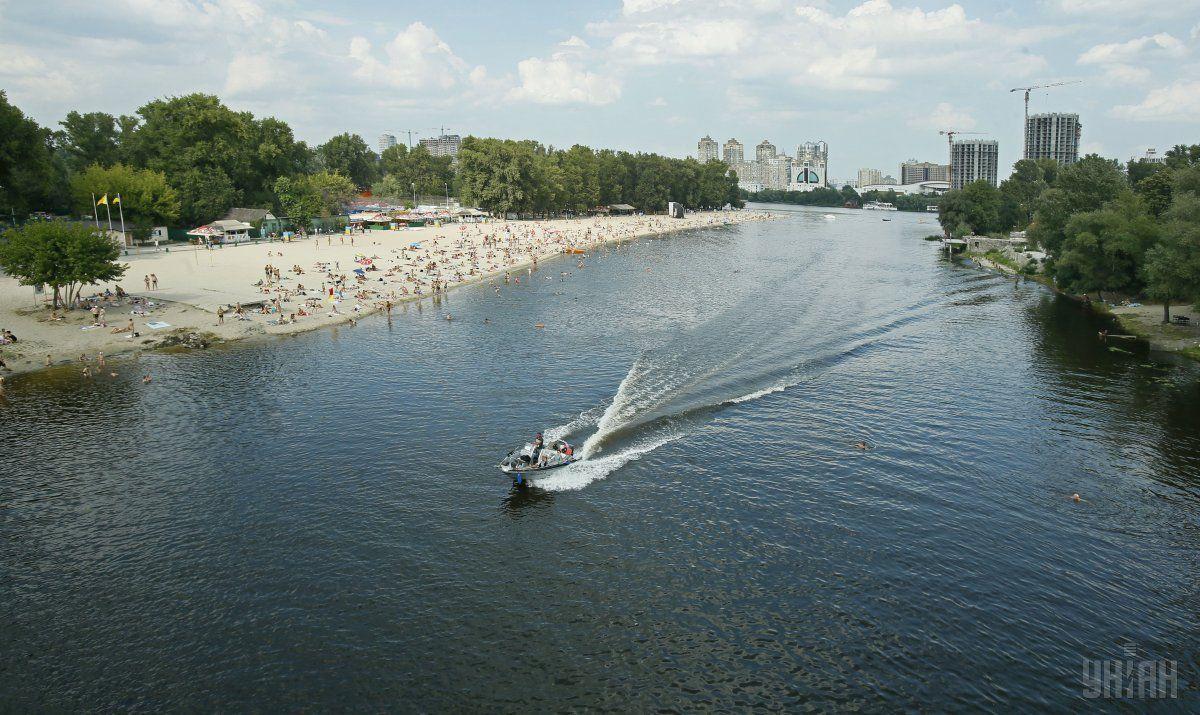 У Києві відкрили 12 пляжів / фото УНІАН