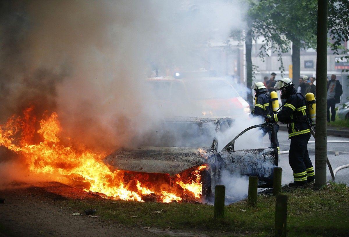 Последствия столкновений в Гамбурге / REUTERS