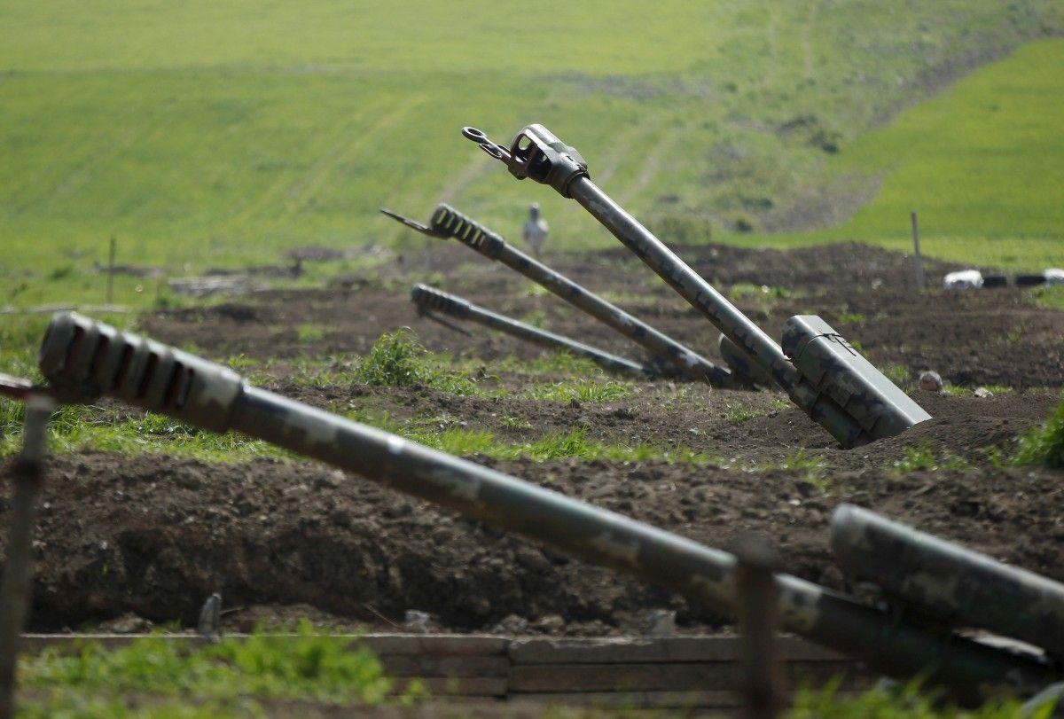 В Карабахе начали бои/ фото REUTERS