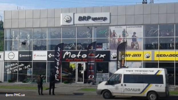 Ночью вМукачево неизвестные стреляли изгранатомета помагазину