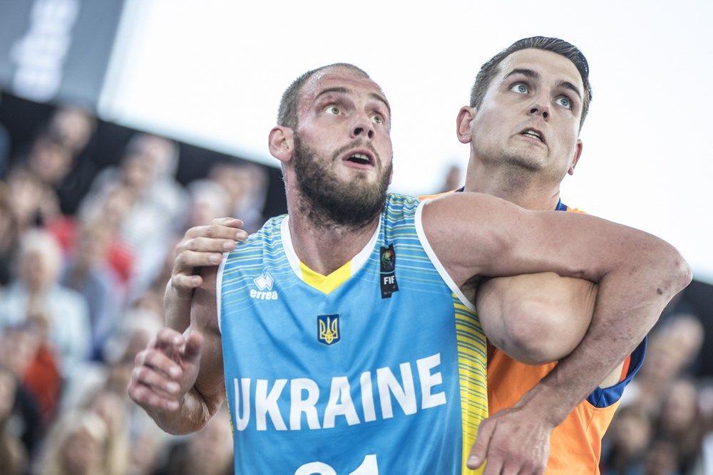 Уддачный бросок Станислава Тимофеенко принес сборной Украины выход в полуфинал / fiba.com