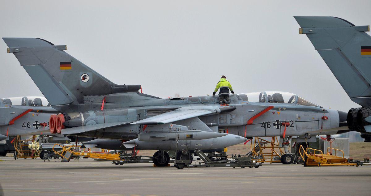 Немецкие самолеты Tornado на базе