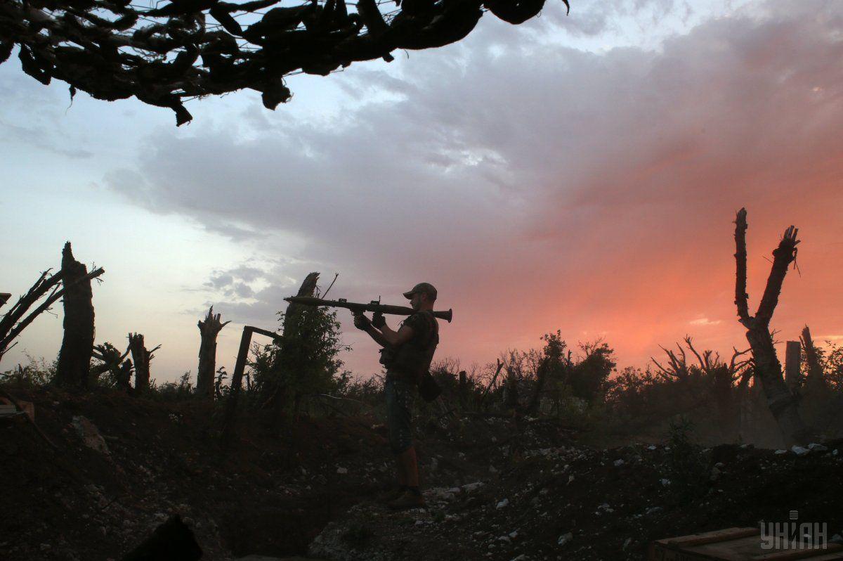За сутки боевых потерь и ранений среди украинских защитников не было / фото УНИАН