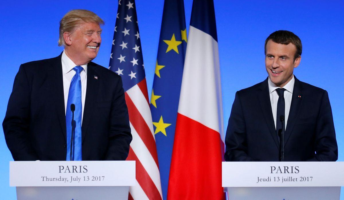 Президенты Франции Эммануэль Макрон и США Дональд Трамп / REUTERS