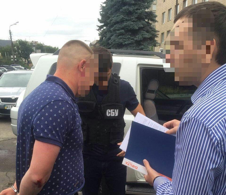 Офицер задержан