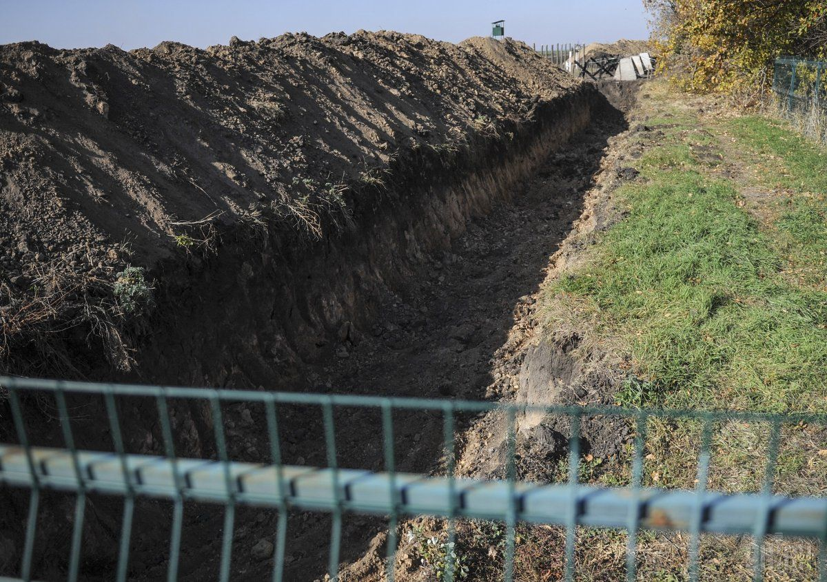 """Суд по делу """"стены"""" сегодня не состоялся / фото УНИАН"""