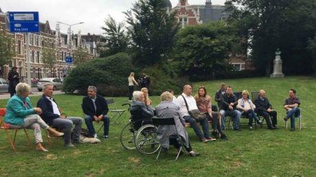 Уапротив посольства встановили символічну лаву пам'яті / Twitter Jildou van Opzeeland