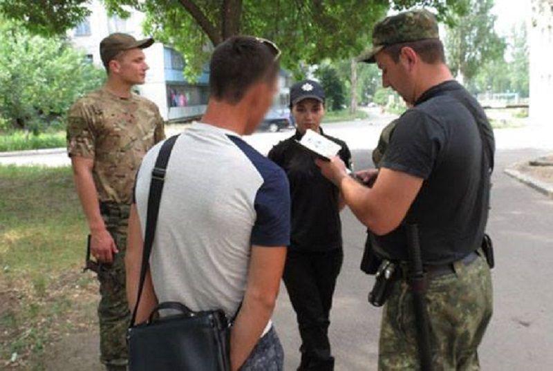 Покинув ряды боевиков, мужчина ездил на заработки в РФ, но и оттуда вернулся ни с чем / Фото facebook.com/don.gumvs