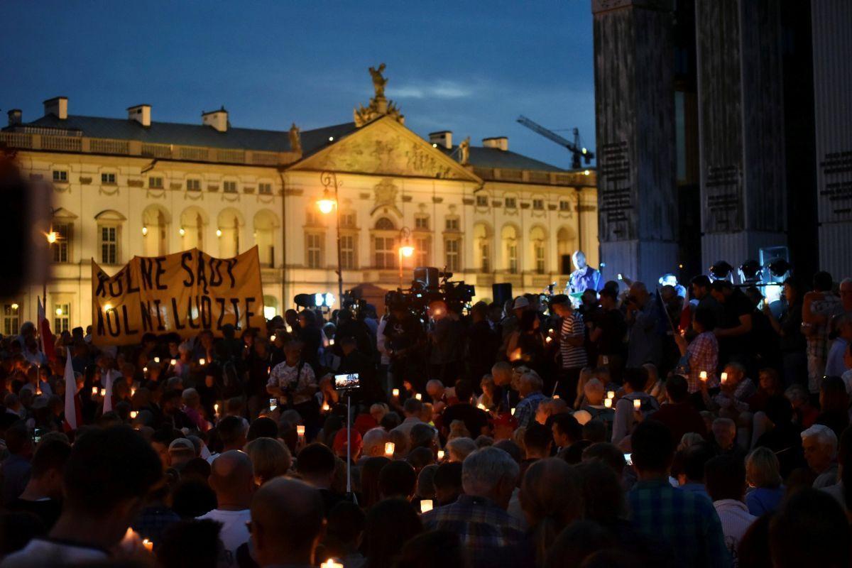 Протест проти судової реформи у Варшаві / REUTERS