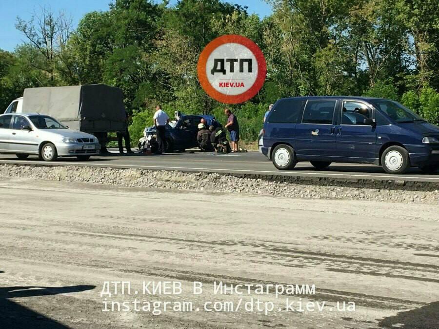 Рейсовый автобус «Одесса-Киев» попал всмертельное ДТП