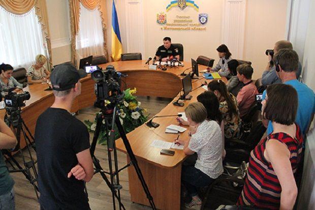 В полиции сообщили, что работают над раскрытием нападения / zt.npu.gov.ua