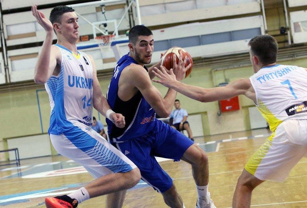 Молодежная сборная Украины проиграла команде Израиля в заключительном матче группового этапа Евробаскета / fiba.com