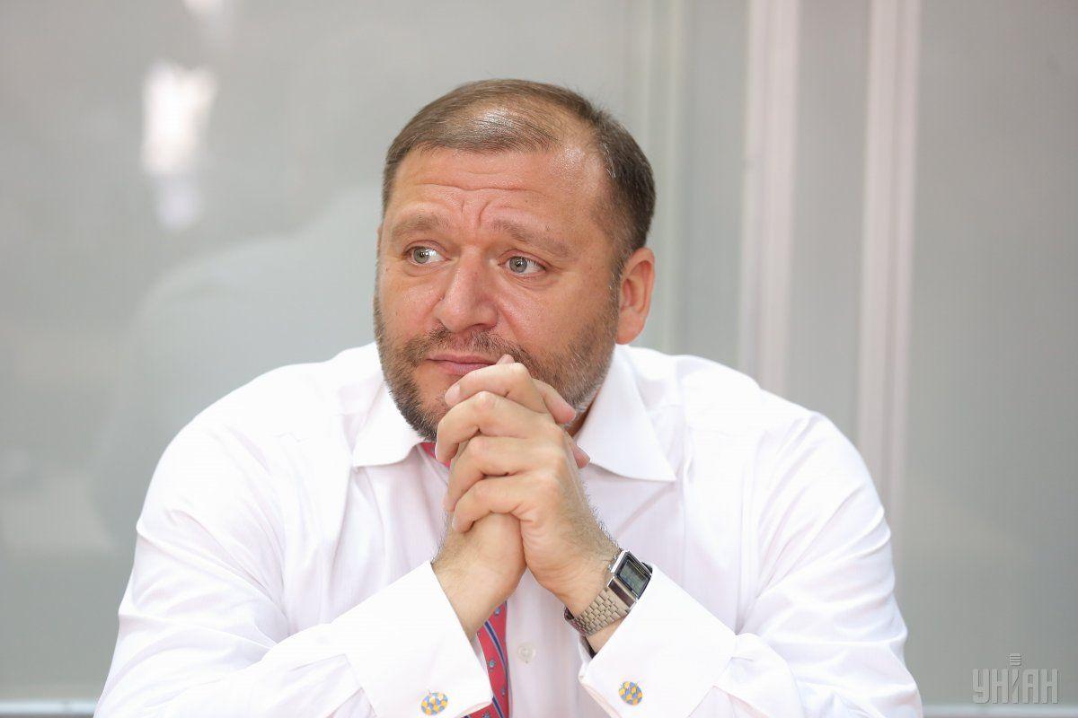 4 серпня Печерський районний суд Києва наклав арешт на майно Добкіна \ фото УНІАН