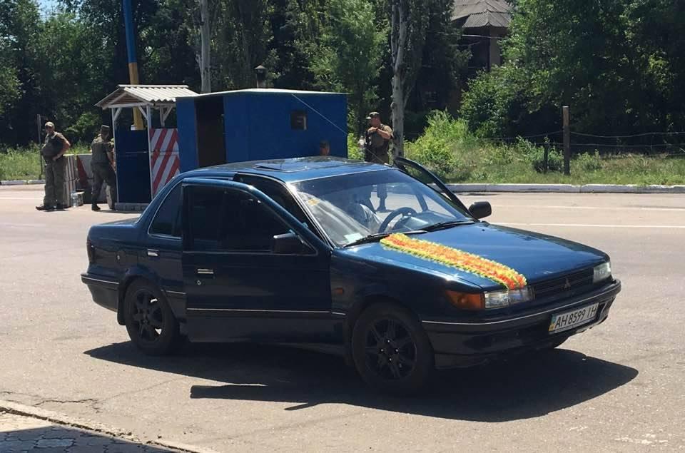 У Слов'янську на блокпосту водіїв