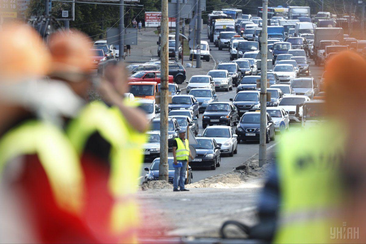 В Киеве ряд улиц сковали масштабные пробки \ фото УНИАН