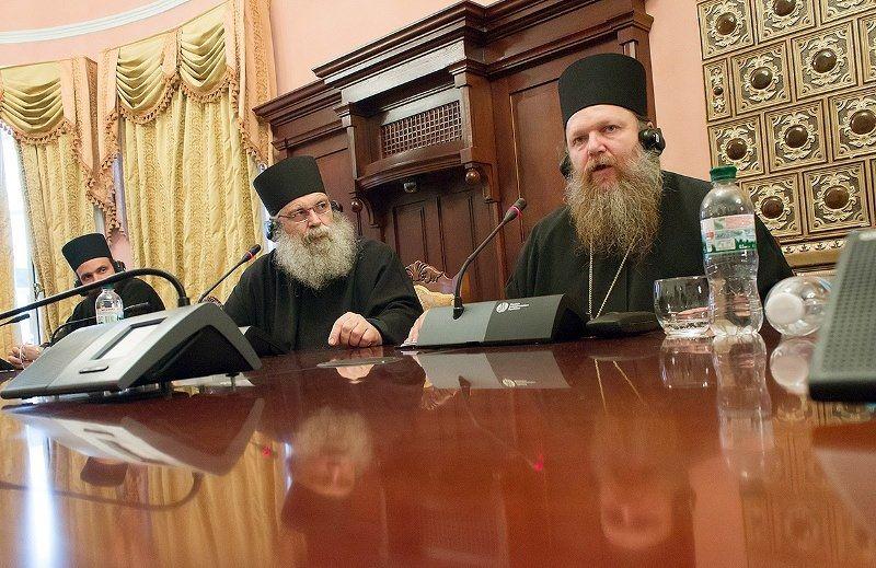 Монахи советуют вспоминать в молитвах тех, кто страдает / Открытый православный университет святой Софии-Премудрости