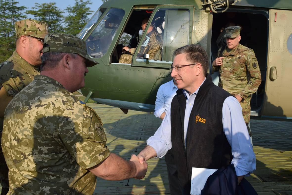 Спецпредставитель США Уолкер и посол Йованович посещают зону АТО / facebook.com/ato.news
