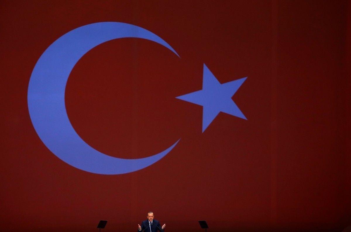 Туреччина розбомбила склади зброї курдів на півночі Іраку