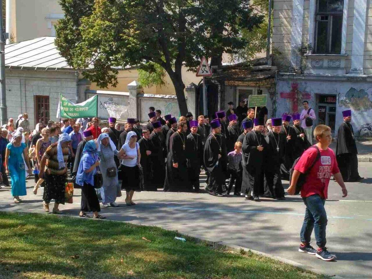 Намолебень упарку Володимирська гірка зібралися 15 тисяч віруючих
