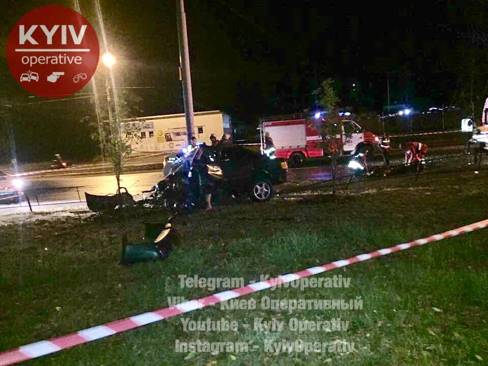 Встоличном ДТП авто разорвало начасти: есть жертвы