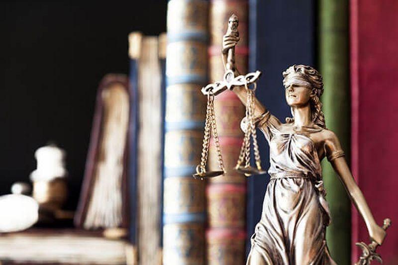 8 октября - День юриста